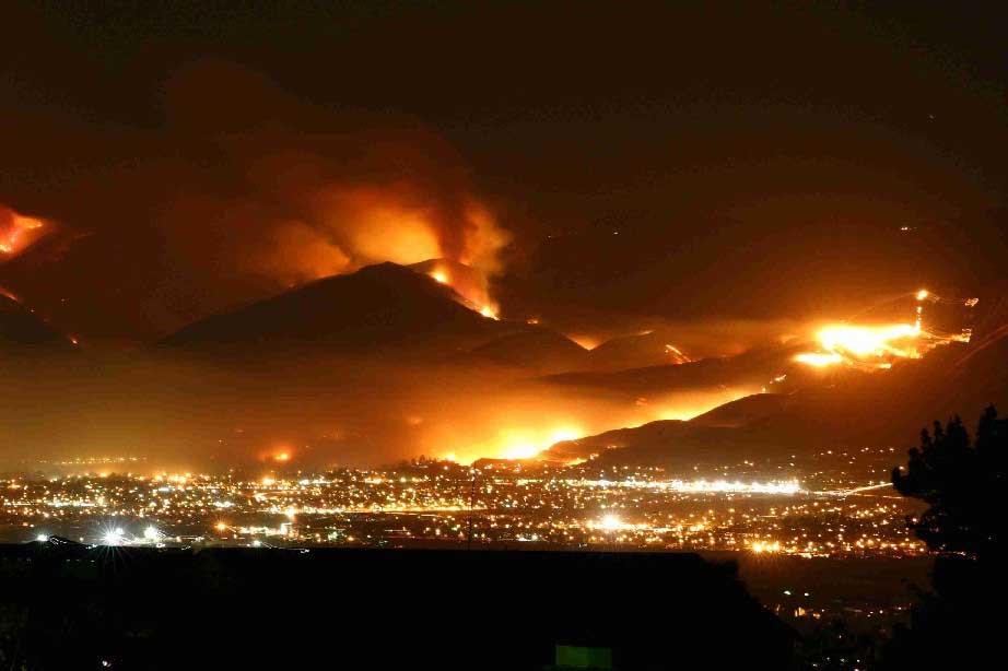El Cajon Valley, Crest on the Right - Cedar Fire 2003